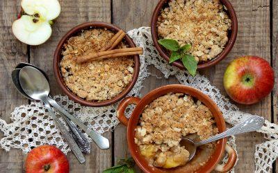 Healthy Apple & Cinnamon Crumble